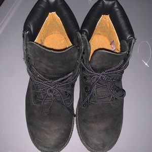 Timberland Shoes - Boys timberland size 2y